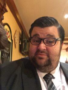 Troostiboy mit Brille?