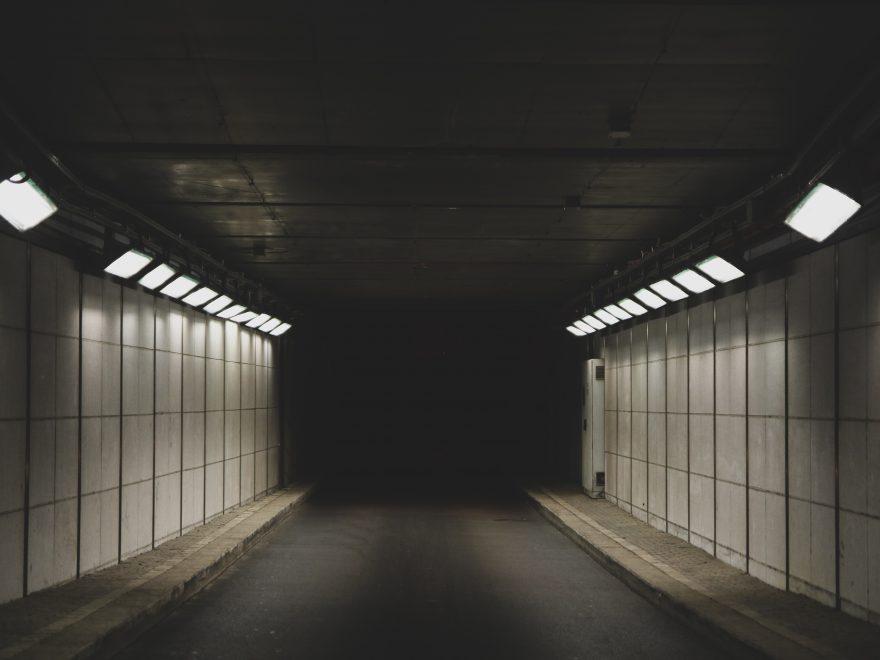 Ab in den Tunnel
