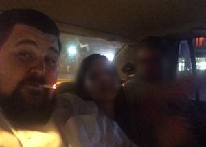 Rauchen im Taxi. Einfach top.